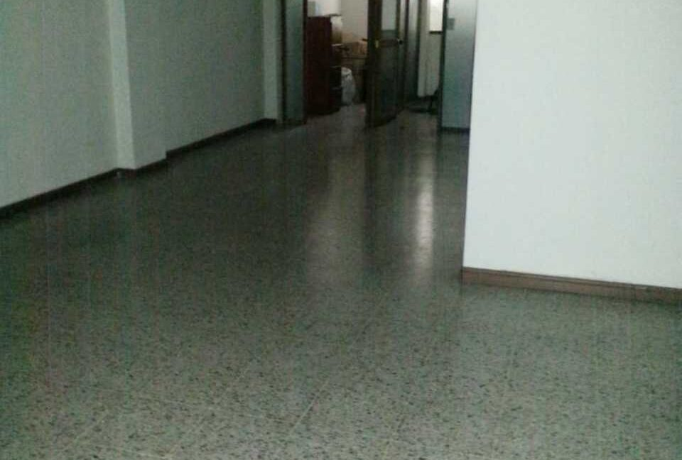 ID 11169 ARRIENDO OFICINA CENTRO 1.300.000 LUZ KARIME (3)
