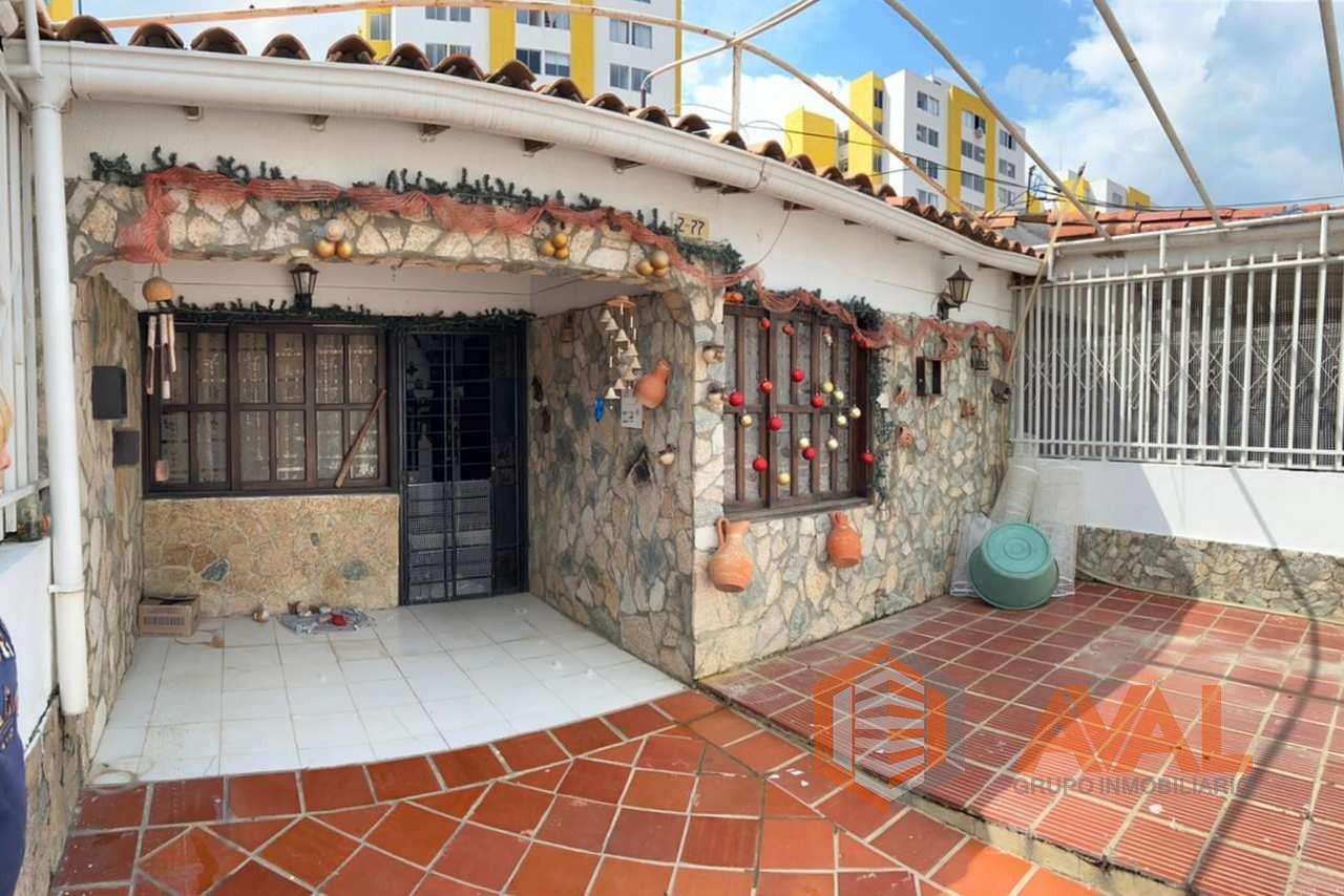 VENDO CASA EN LA URBANIZACION LOS TRAPICHES CÚCUTA ID 794